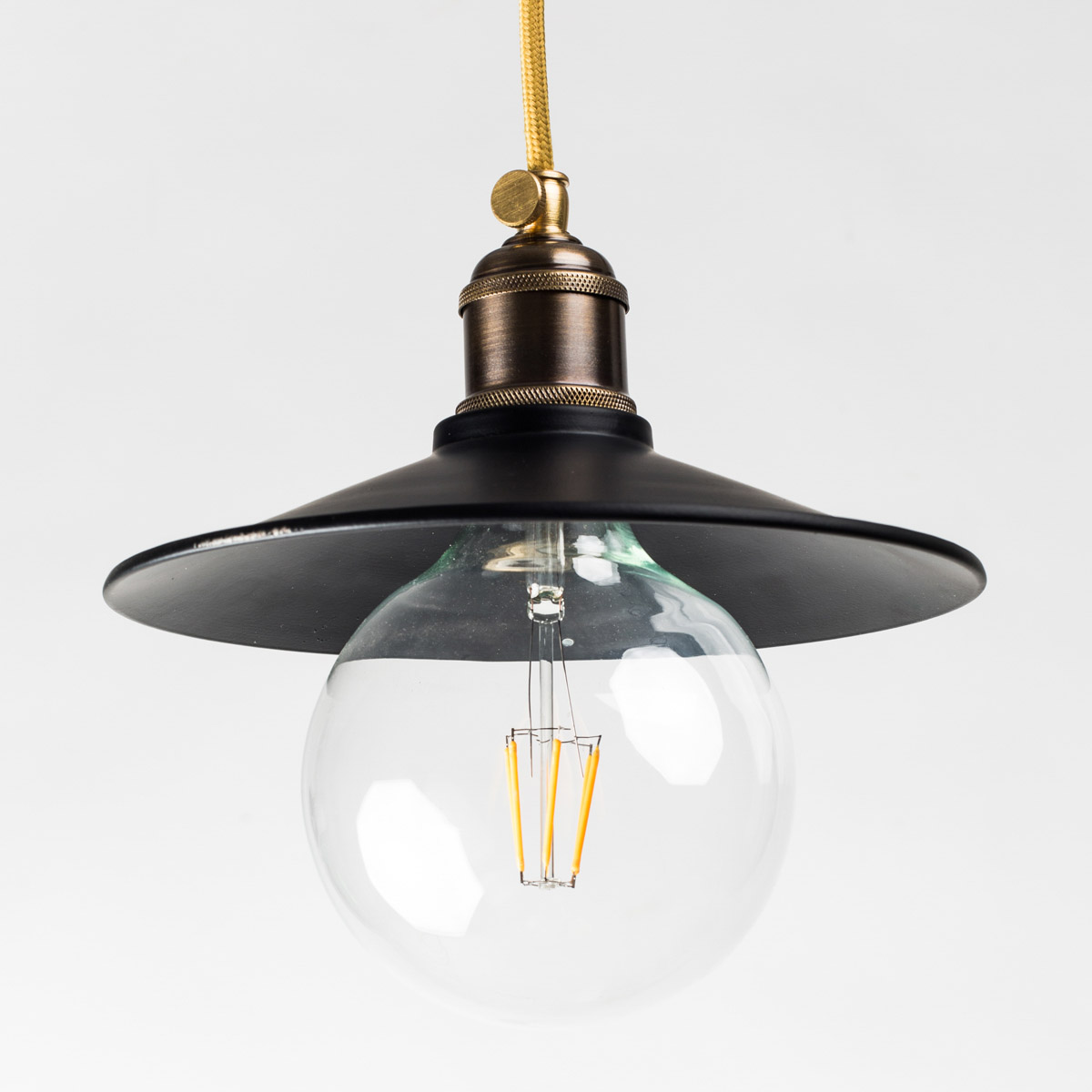 Потолочный светильник 740 стальной черный