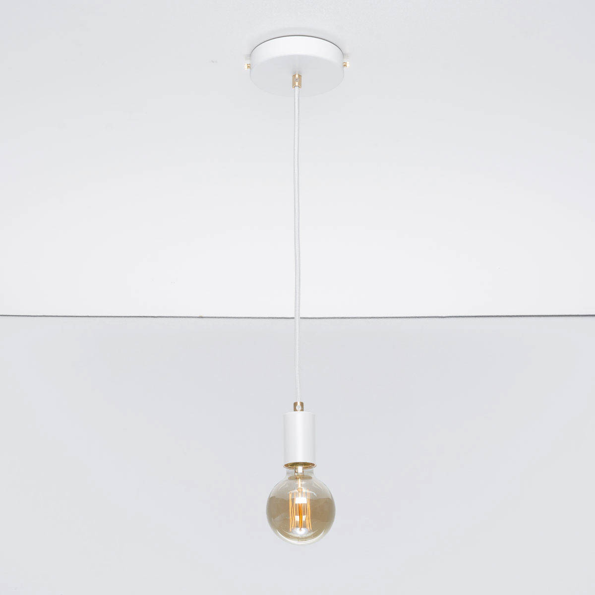 Потолочный светильник Bjorn белый